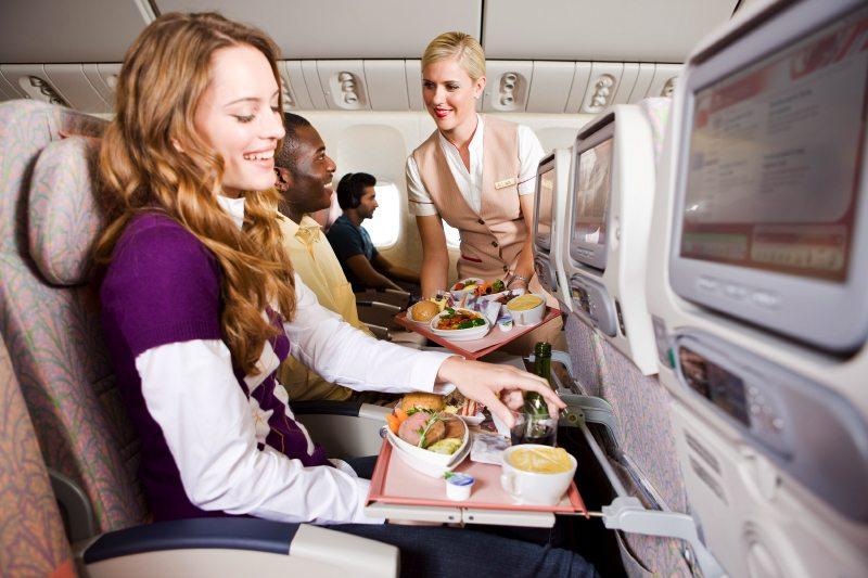 turista-osztaly-etel-emirates