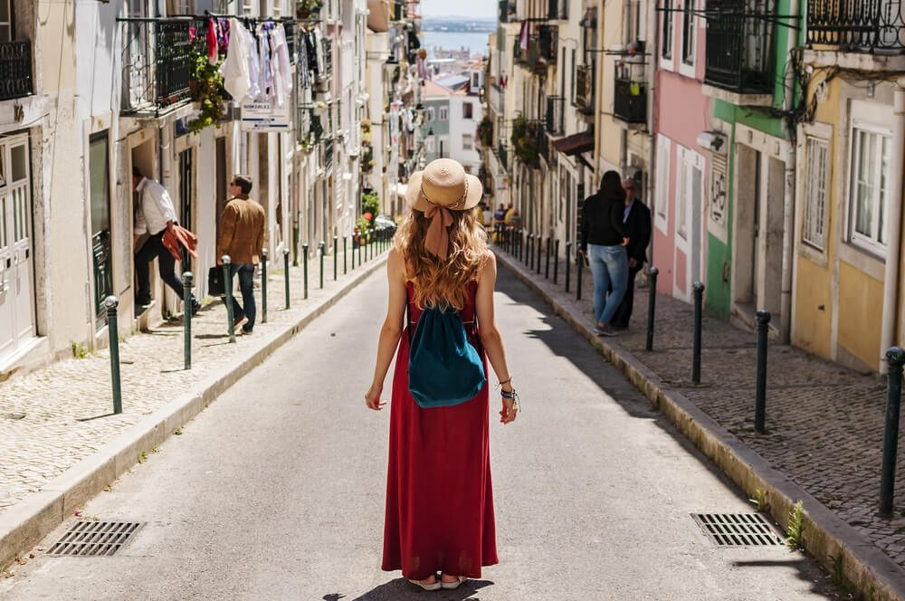 nő keres nők utazási