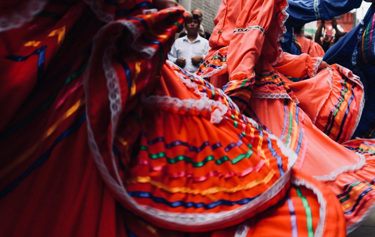 Mexikó táncos Cancun